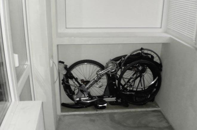 хранение сложенного велосипеда